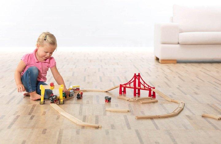 Podłoga korkowa w pokoju dziecięcym