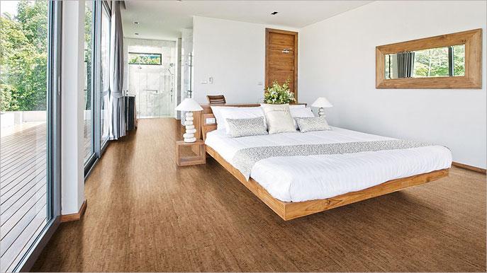 Korkowa podłoga w sypialni